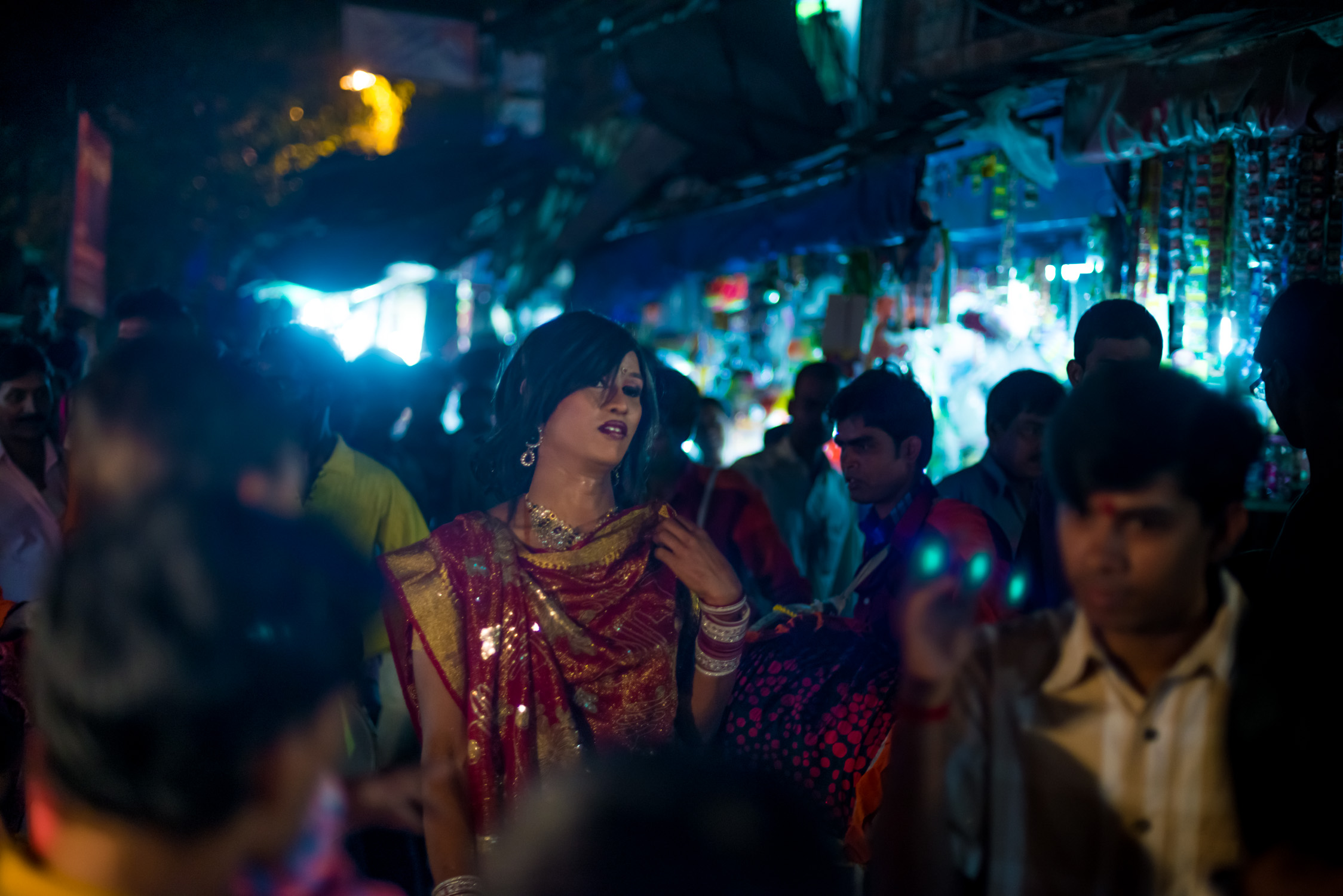 12_Chhandak Pradhan-reportage-Lipstick Men-transgender_dancer_India_Calcutta.jpg