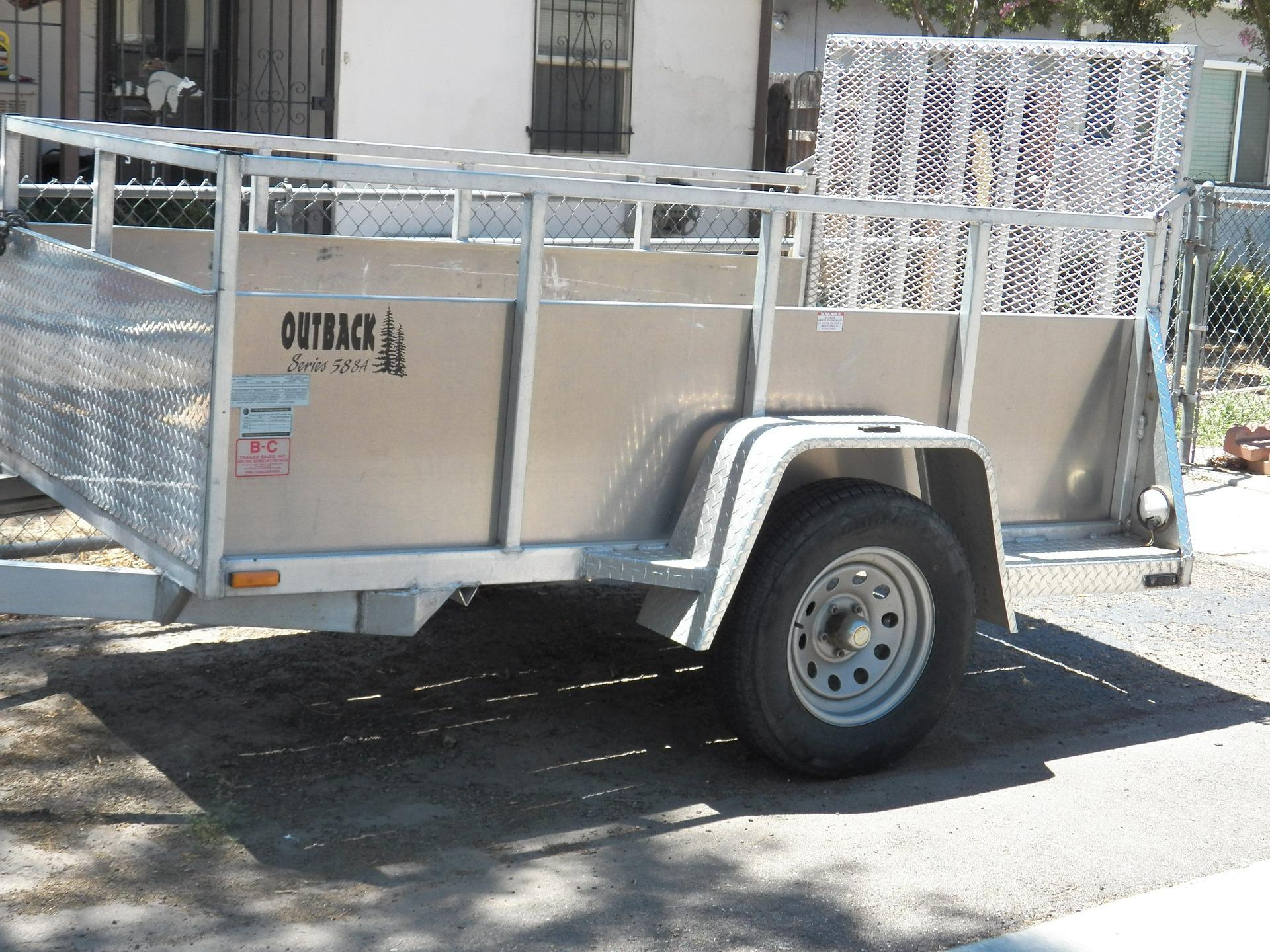 trailer-402017_1920.jpg