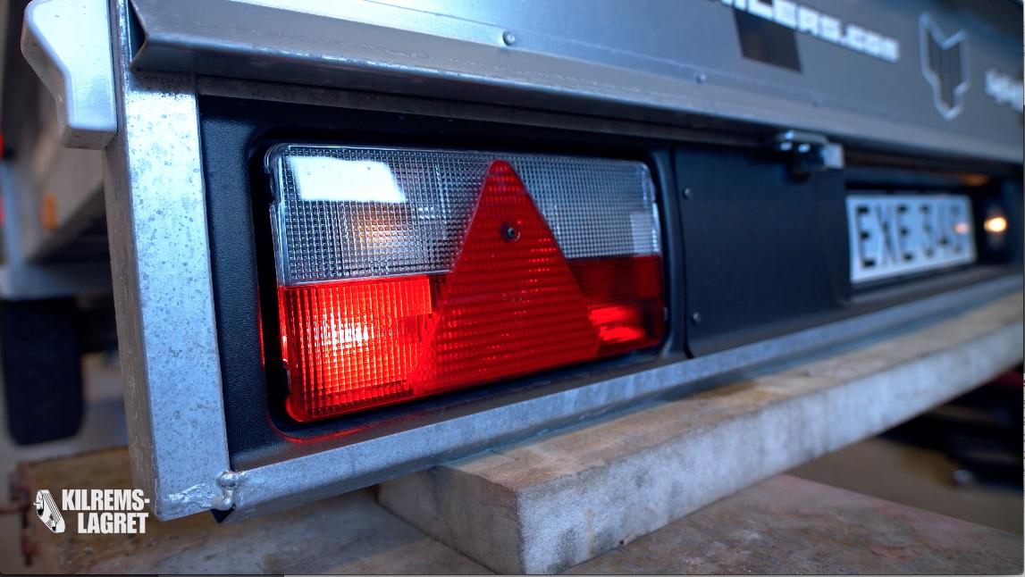 belysning släpvagn.png