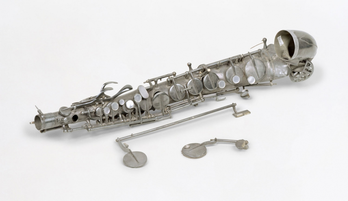 Susan Philipsz, War Damaged Musical Instruments, 2016