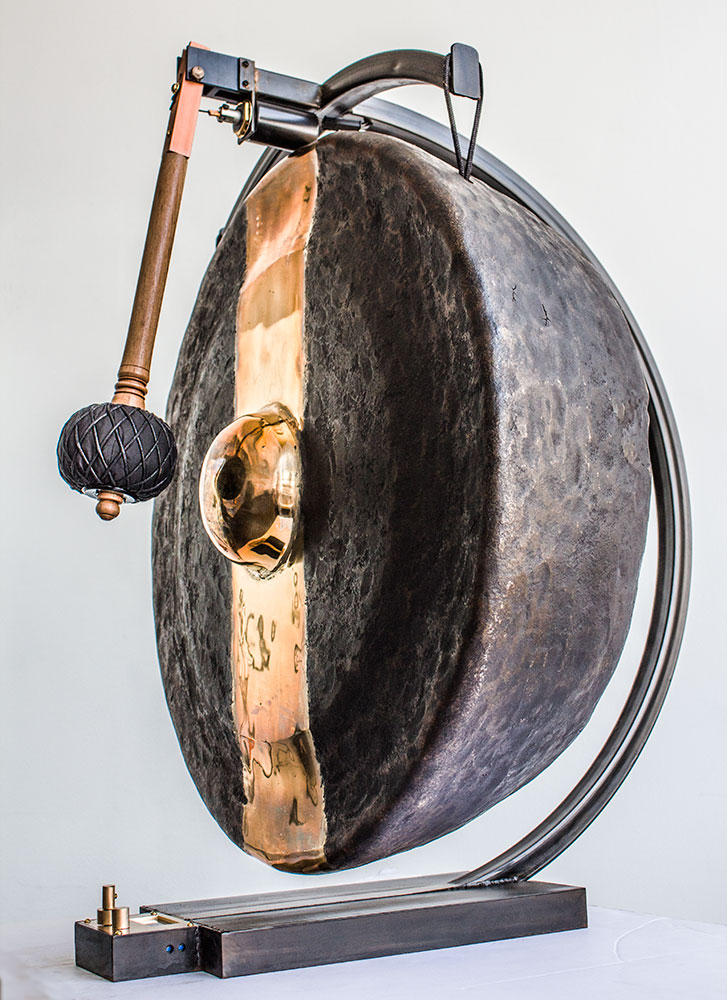 Single Tone Mindfullness Sculpture, 81.8 hertz Garis
