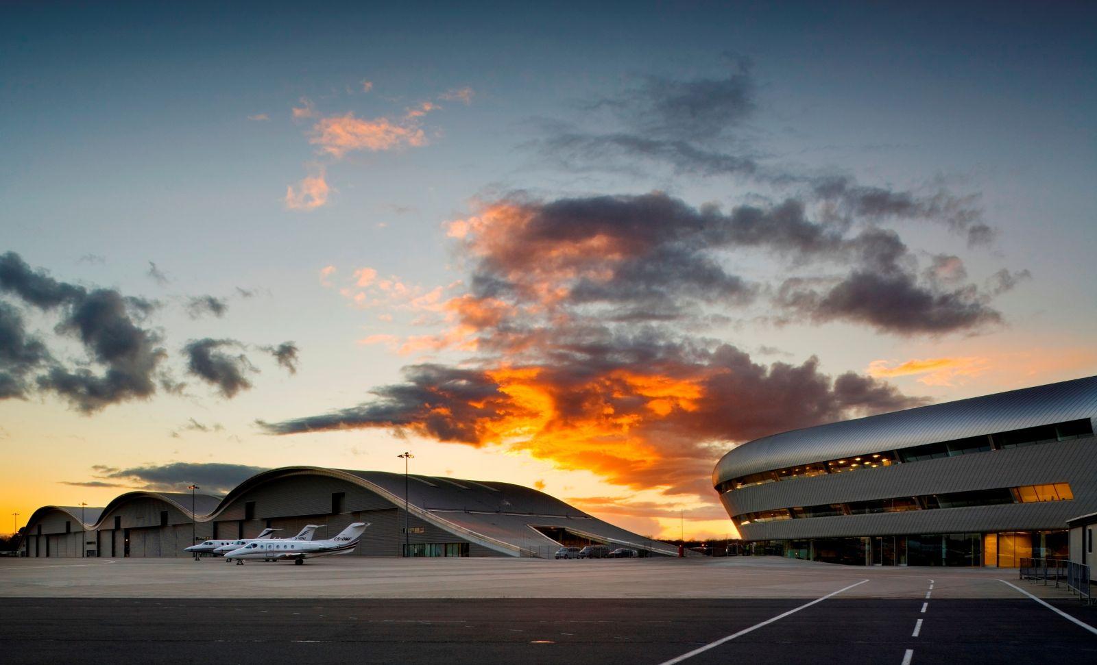 TAG Farn Hangar 1 and Main terminal 3(2).jpg