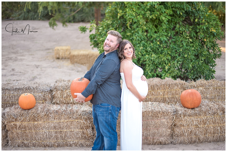 Maternity Photography, Queen Creek, Schnepf Farms, Pumpkim Patch