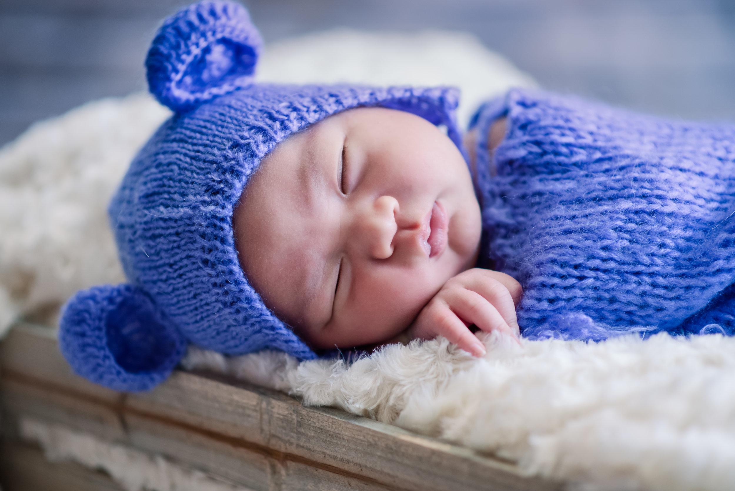 Newborn 2235 (5).jpg