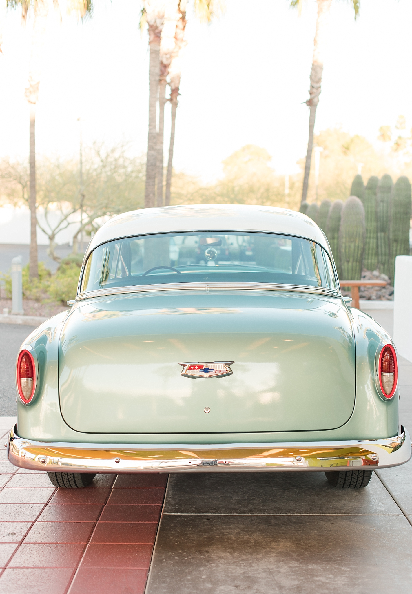 Vintage car provided by Roscoe + Louie. Photos taking by Jade Min Photography at The Saguaro Scottsdale.