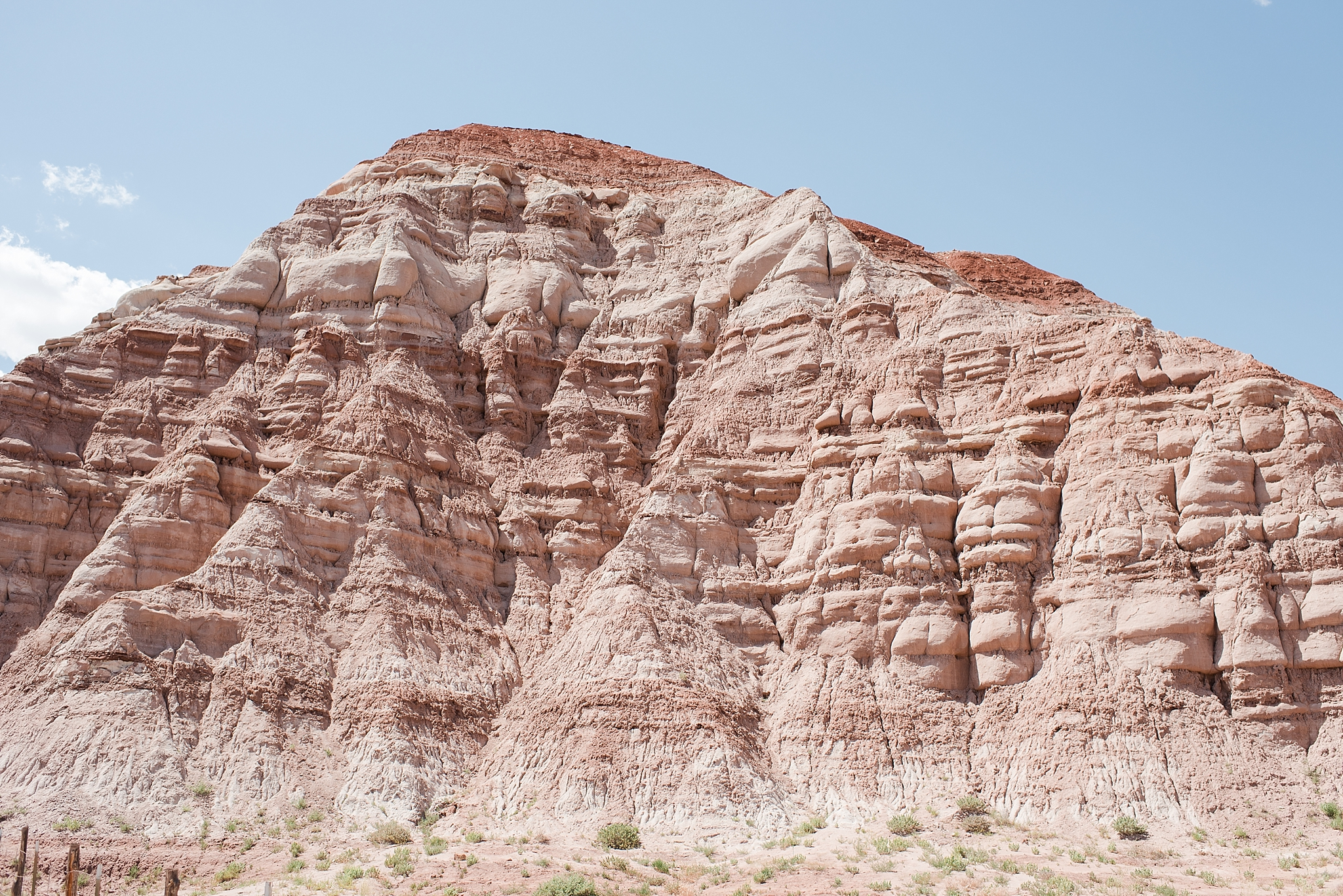 One of the many beautiful sights during our drive from Page to Utah. This reminds us of Mount Rushmore - can you see it?