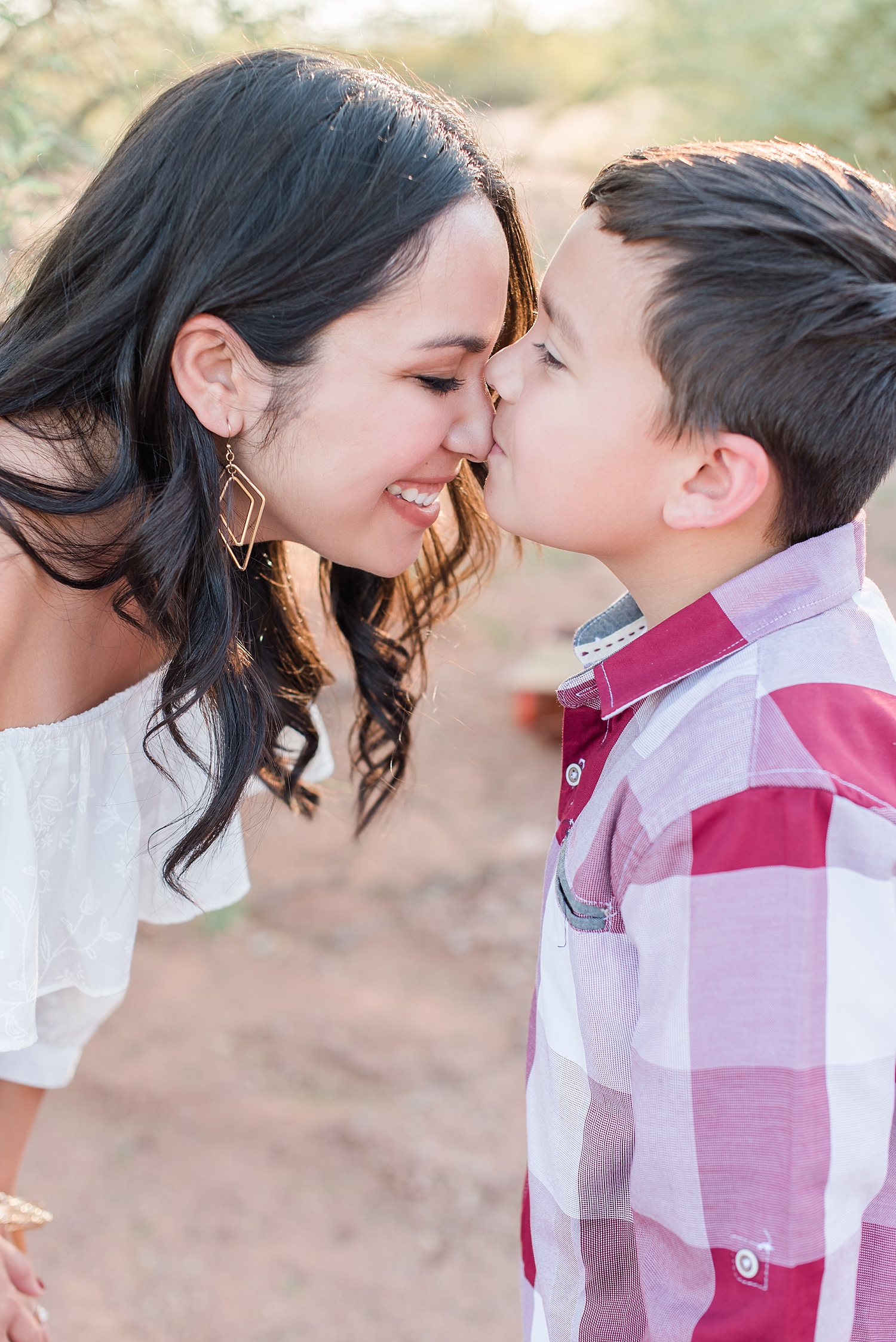 Rodriguez family photo session at Papago Park in Phoenix,  Arizona. Photos by Jade Min Photography.