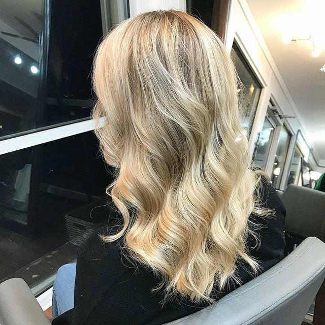 Blonde Beauty @hairbyhayleyquinn