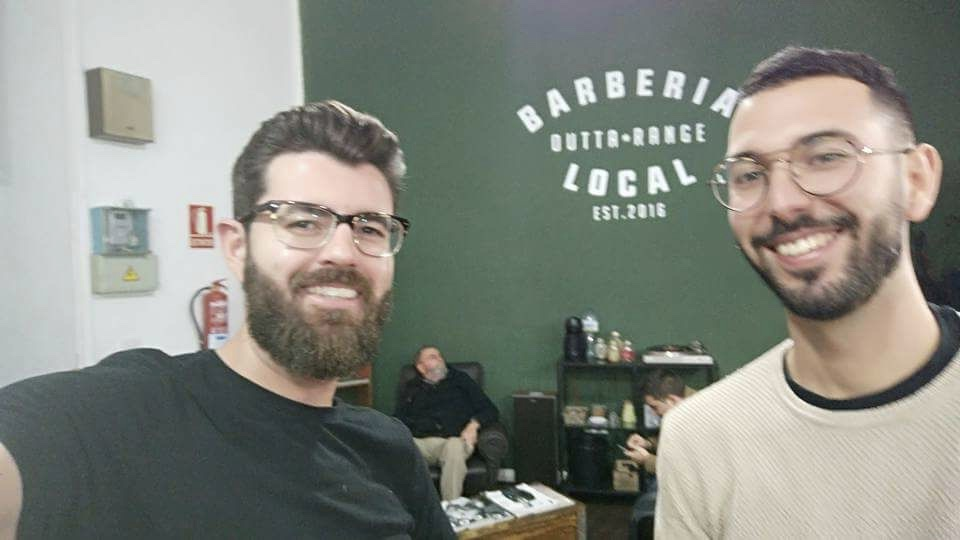 Kike y Samuel, de Barbería Local
