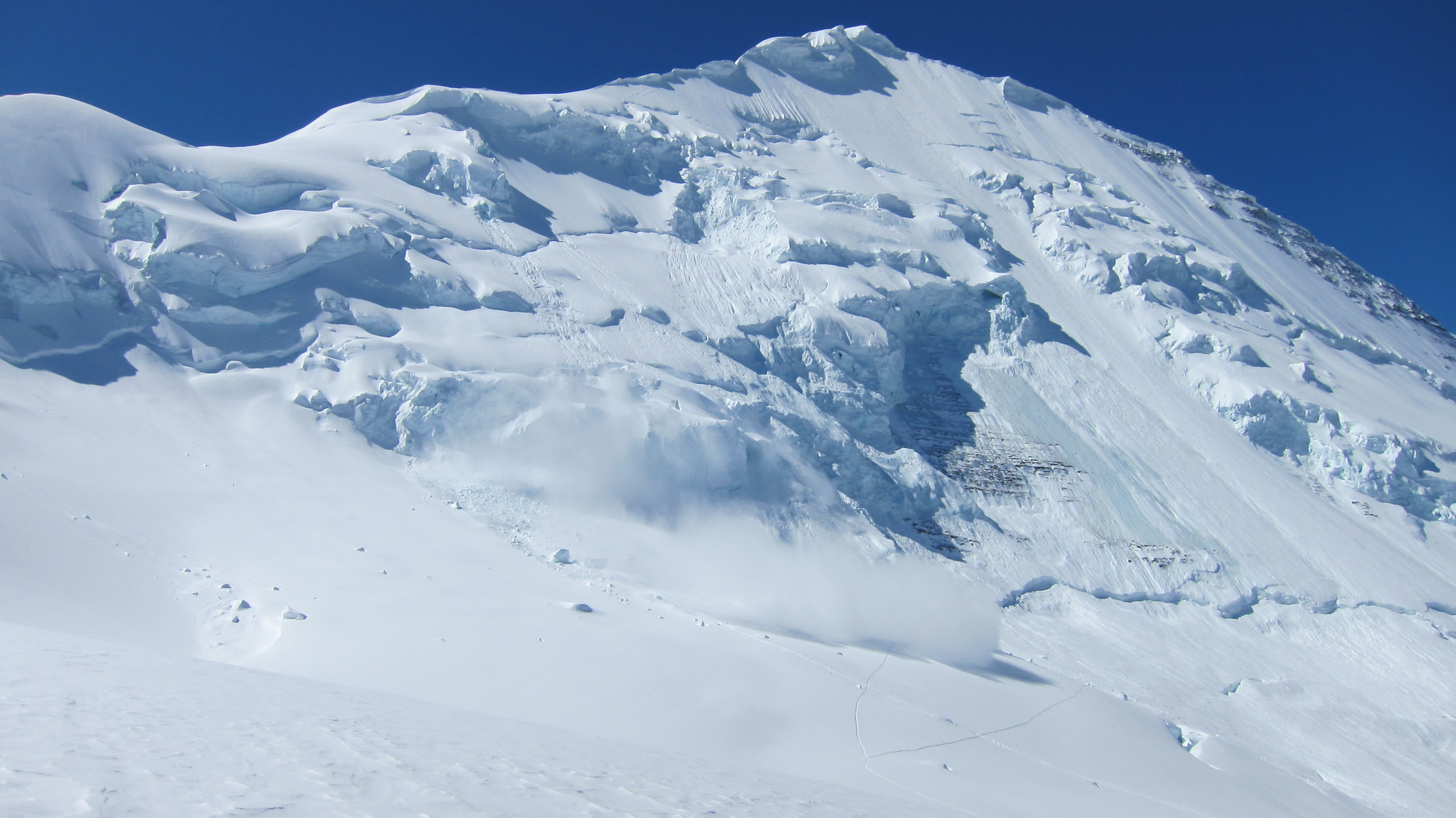 A serac avalanche dusting the traverse.