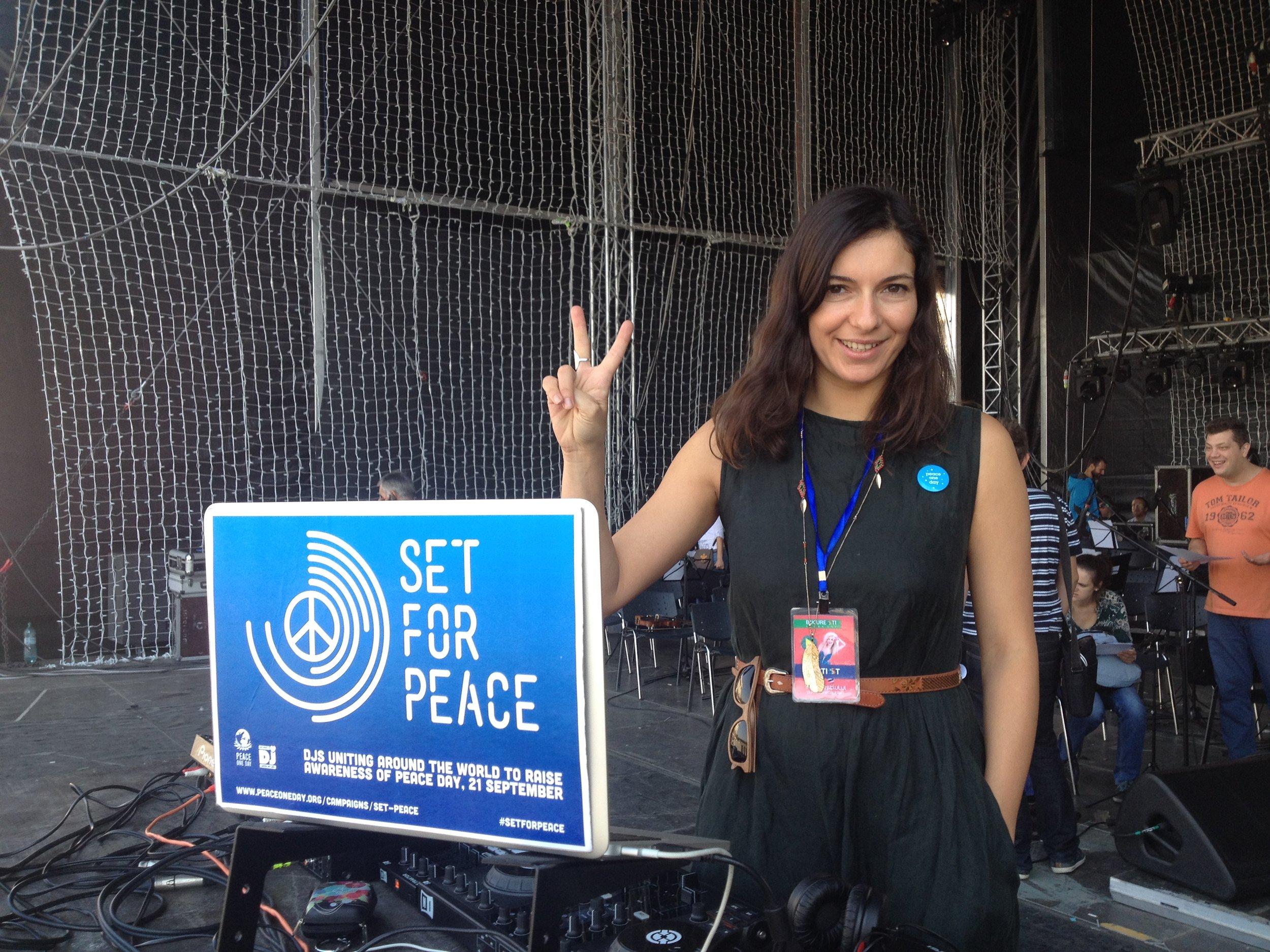Set for Peace gig