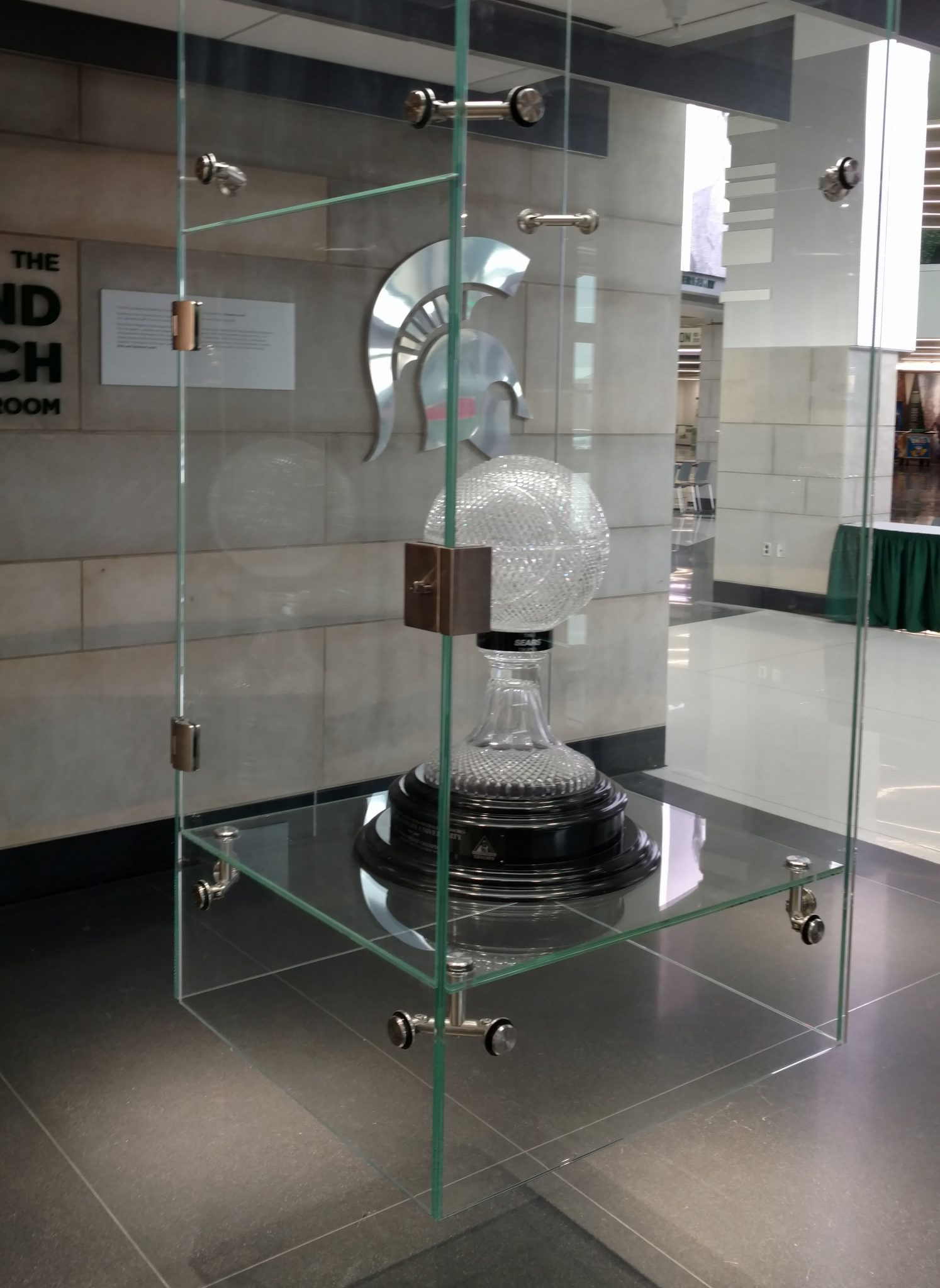 MSU Hall of History    Glass to Glass Connectors  &  Cylindrical Glass Connectors   Location – Michigan State University, East Lansing, MI. Customer – Payne Rosso Co. Inc. Completed – 2017
