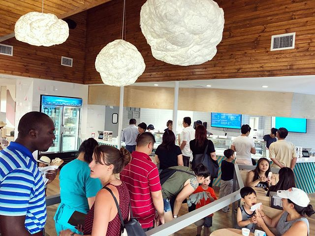 We had an amazing turnout at our Upper Kirby Grand Opening Party! 🥳 Thanks to everyone who came to the event and celebrated our beautiful new location with us! 💙 #icecreamparty #upperkirby #houston