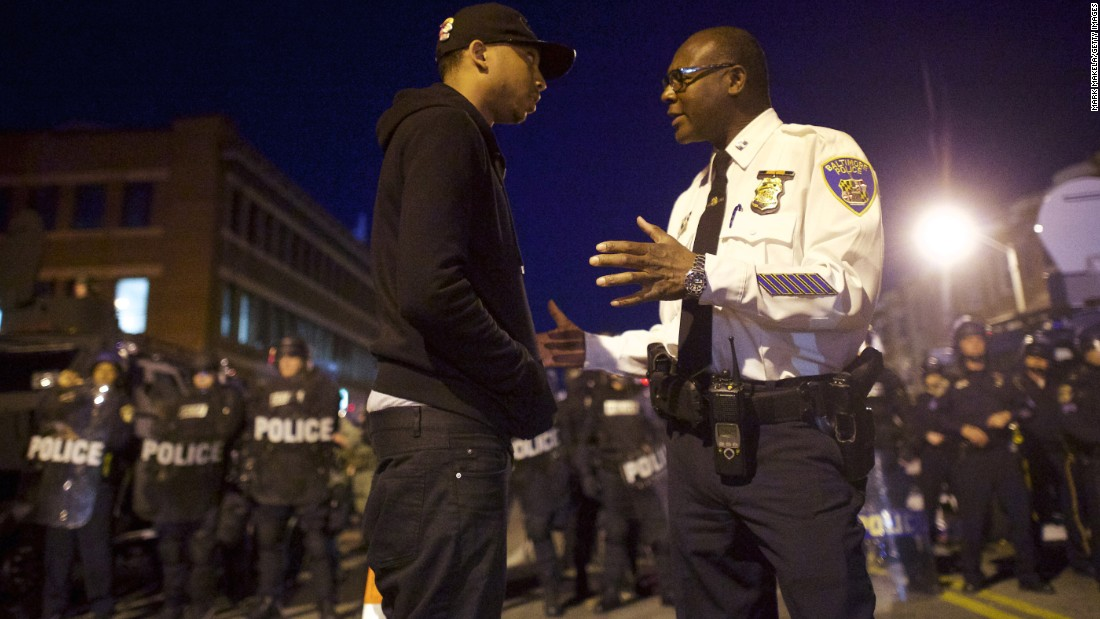 150428212648-01-baltimore-riots-0428-super-169.jpg