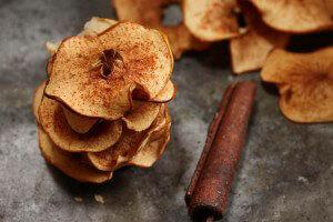 cinnamon-apple-chips.jpg