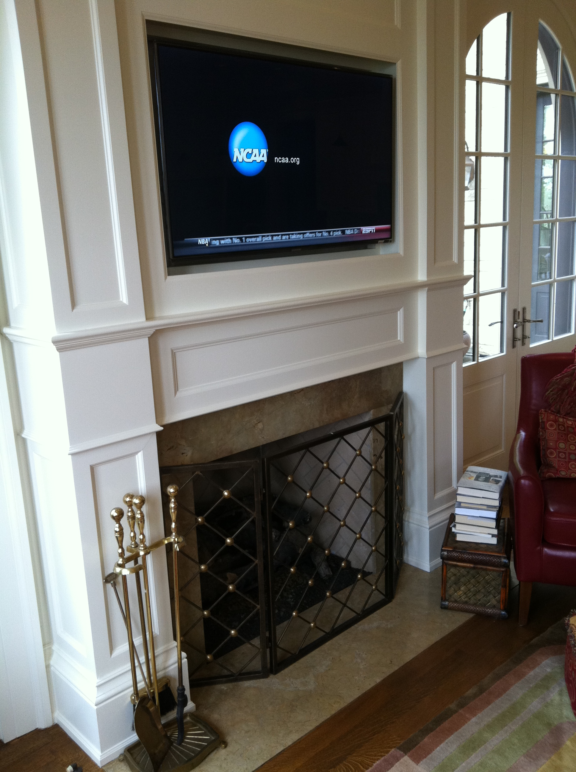 Reynolds family TV.JPG