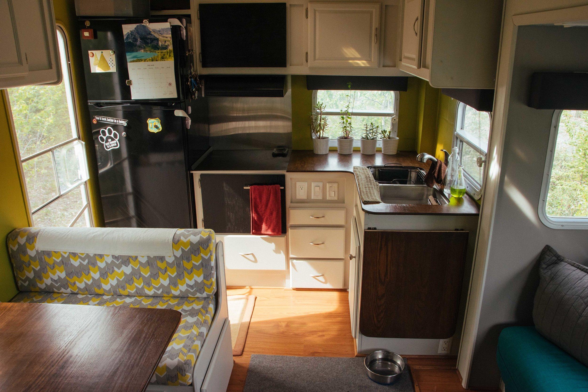 LSRF kitchen (1).jpg