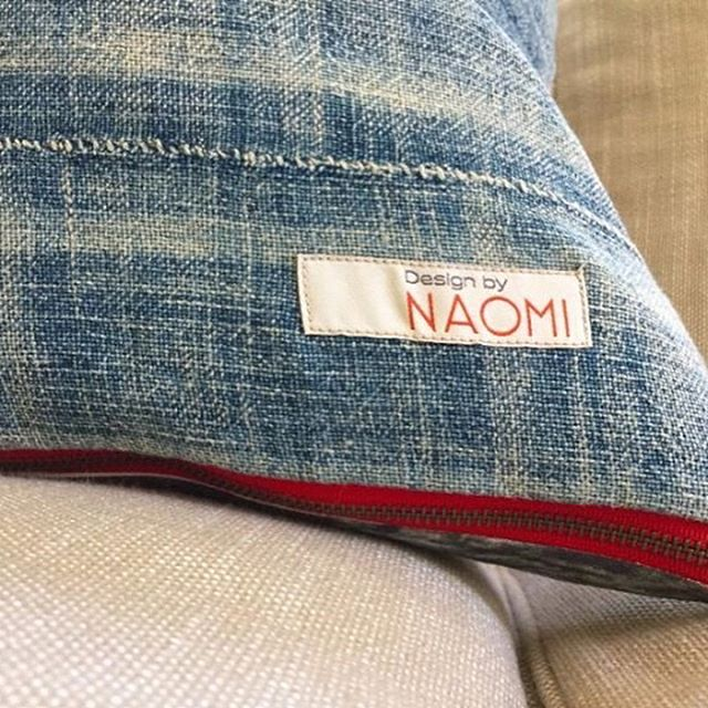 At Design by NAOMI, we offer custom backing options available for Interior Designers. You'll love our vintage indigo mudcloth or luxury Ralph Lauren options! Special pricing for wholesalers, buyers, and interior designers! • • #etsyfinds #design_by_naomi #throwpillows #etsy #decorativepillows  #etsygifts #vintage #shoplocal #shopetsy #homedecor #etsylove #countryliving #giftideas #etsyseller #homewares #interiordesign #homedecoration #travel #sanfrancisco #santacruz  #etsyshop #interiordesigner #cainteriordesigner #wholesale #buyer #merchandise #homeaccessories #designinspiration #indigo #mudcloth