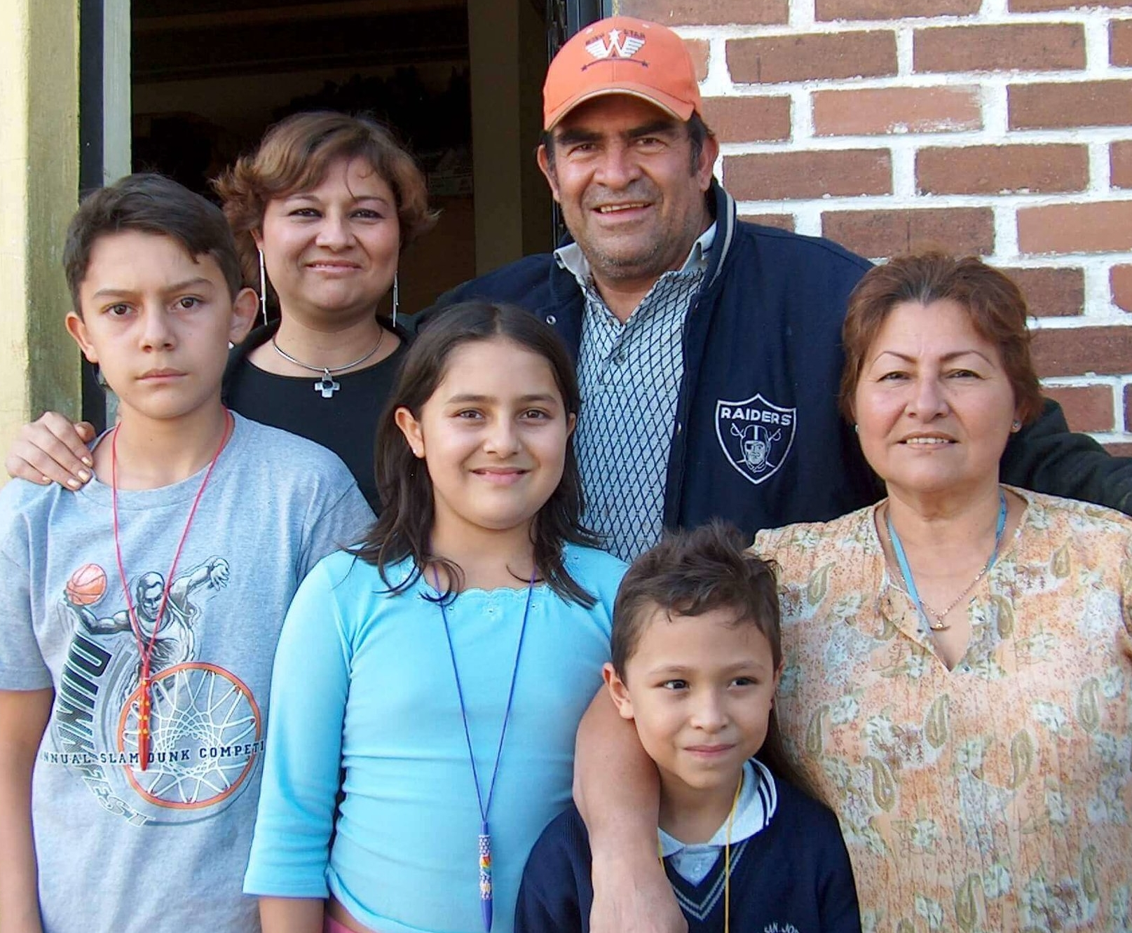 The Gonzalez family would appreciate your prayers for Leonel. He is on the far left, his mother, Myrna, his sister Dulce, Cesar, Elba, and Leonel's cousin Josue. This picture was taken several years ago, before Dulce herself died of complications related to an apendectomy.