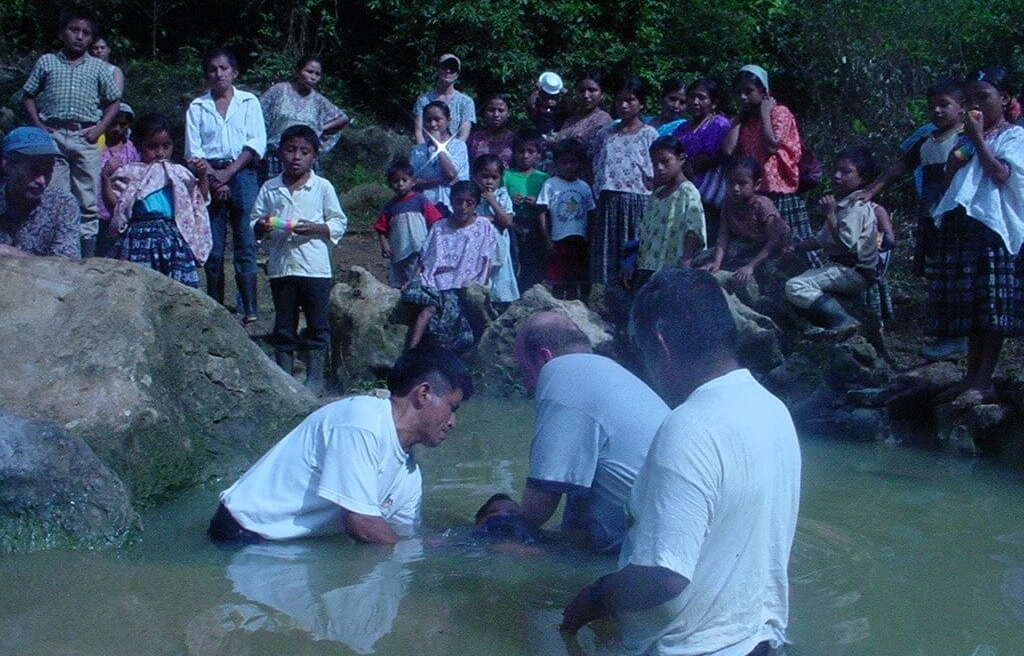 Here's a picture of the first baptisms in Sepoc 13 years ago. This church is now the leader in the region in helping other churches get started. I hope to get pics of their recent baptisms. Stay tuned!