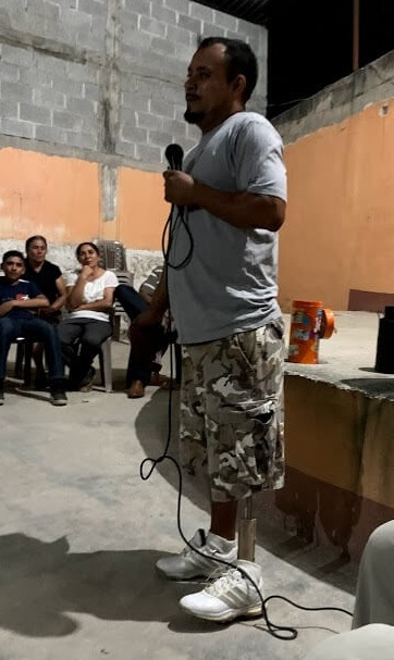 At Iglesia Damasco in Rinconcito, this man shared what he is grateful for. He lost his leg in an accident falling from the top of a train in Mexico last year while trying to get to the United States. He is grateful for his life, his church, and his friends.