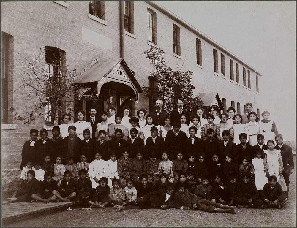 A09:   Regina Indian Residential School, students and school personnel, 1908