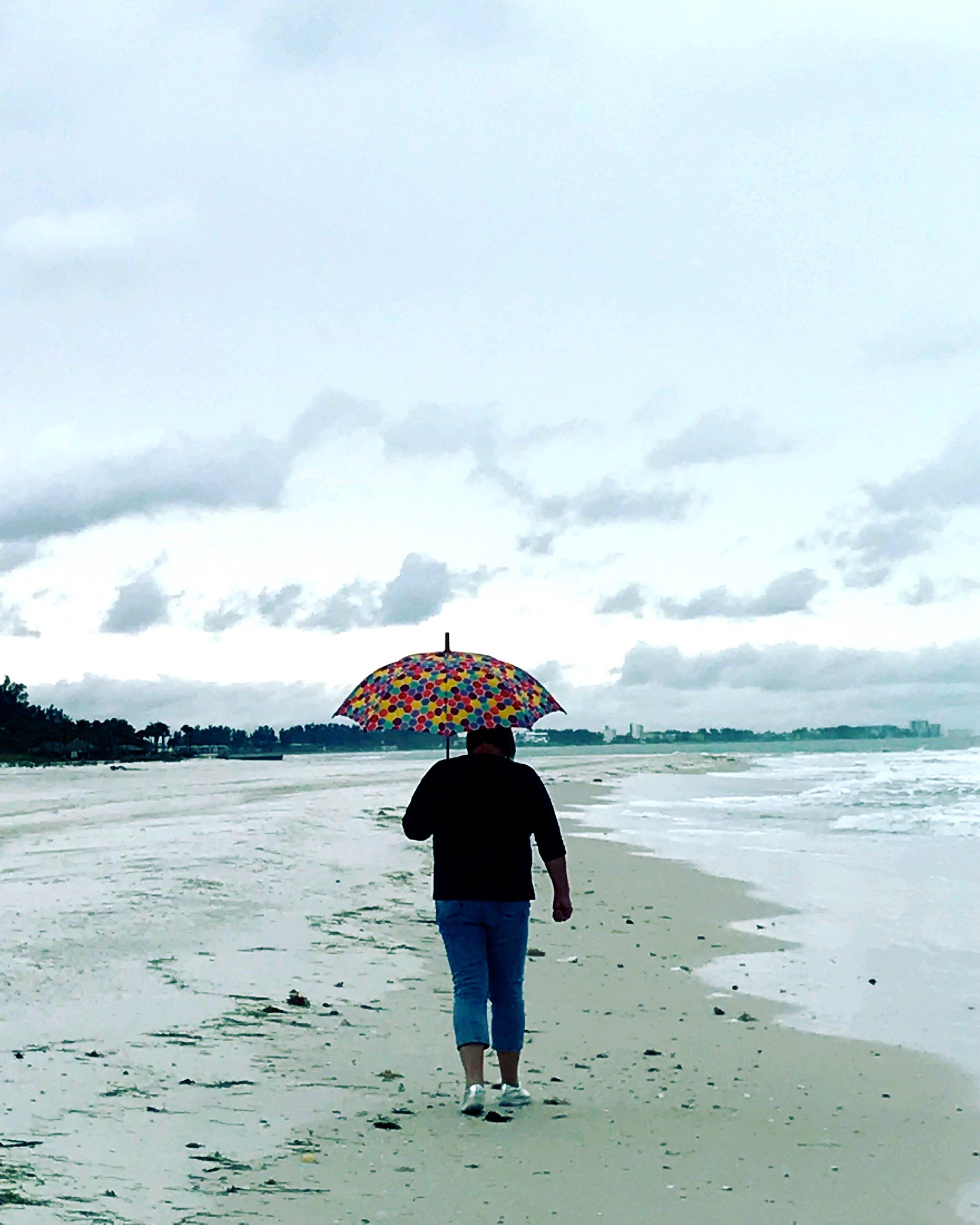 umbrella woman.JPG