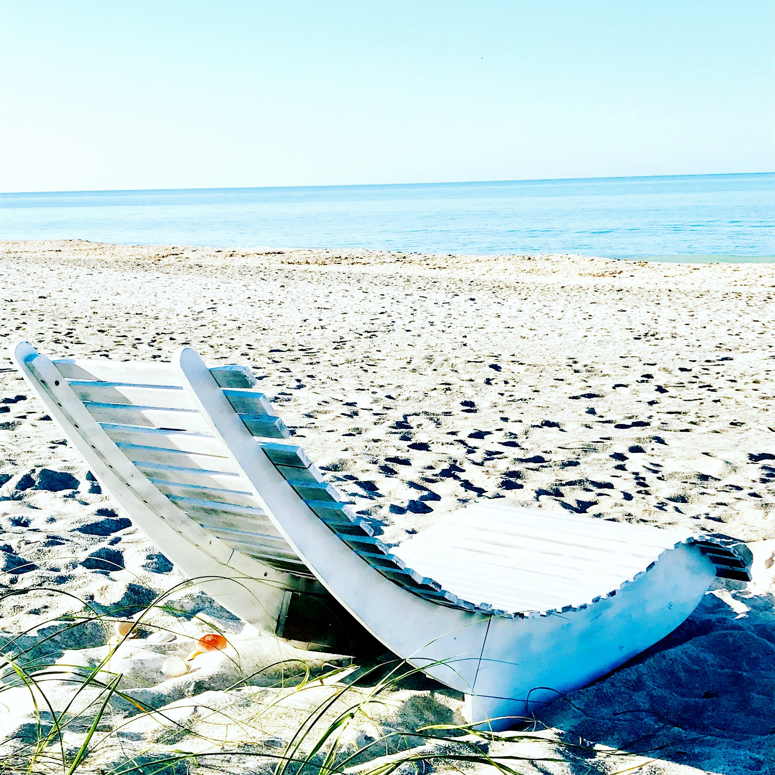 shell chair longboat.JPG