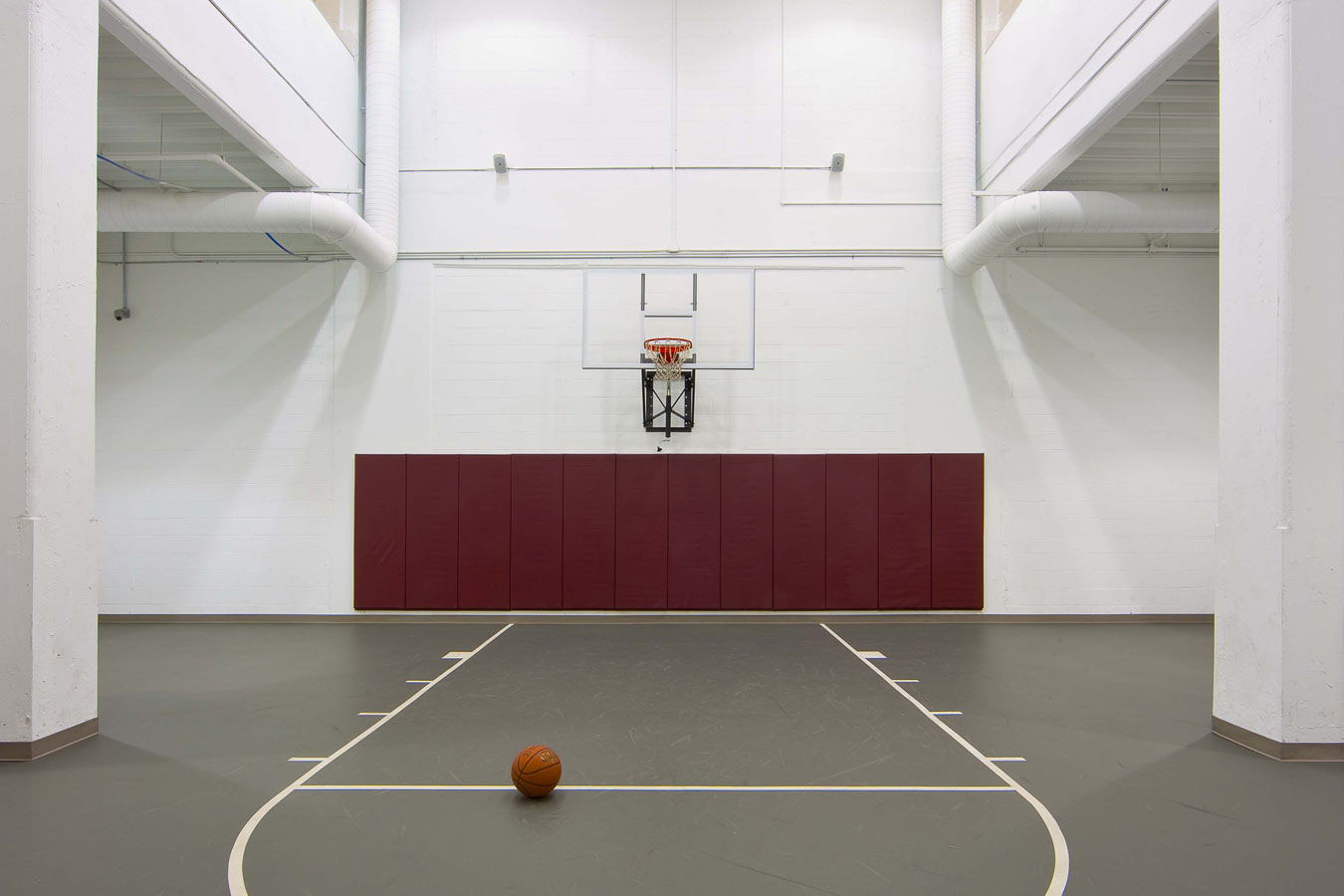 8---CANCOlofts---BALL-COURT.jpg