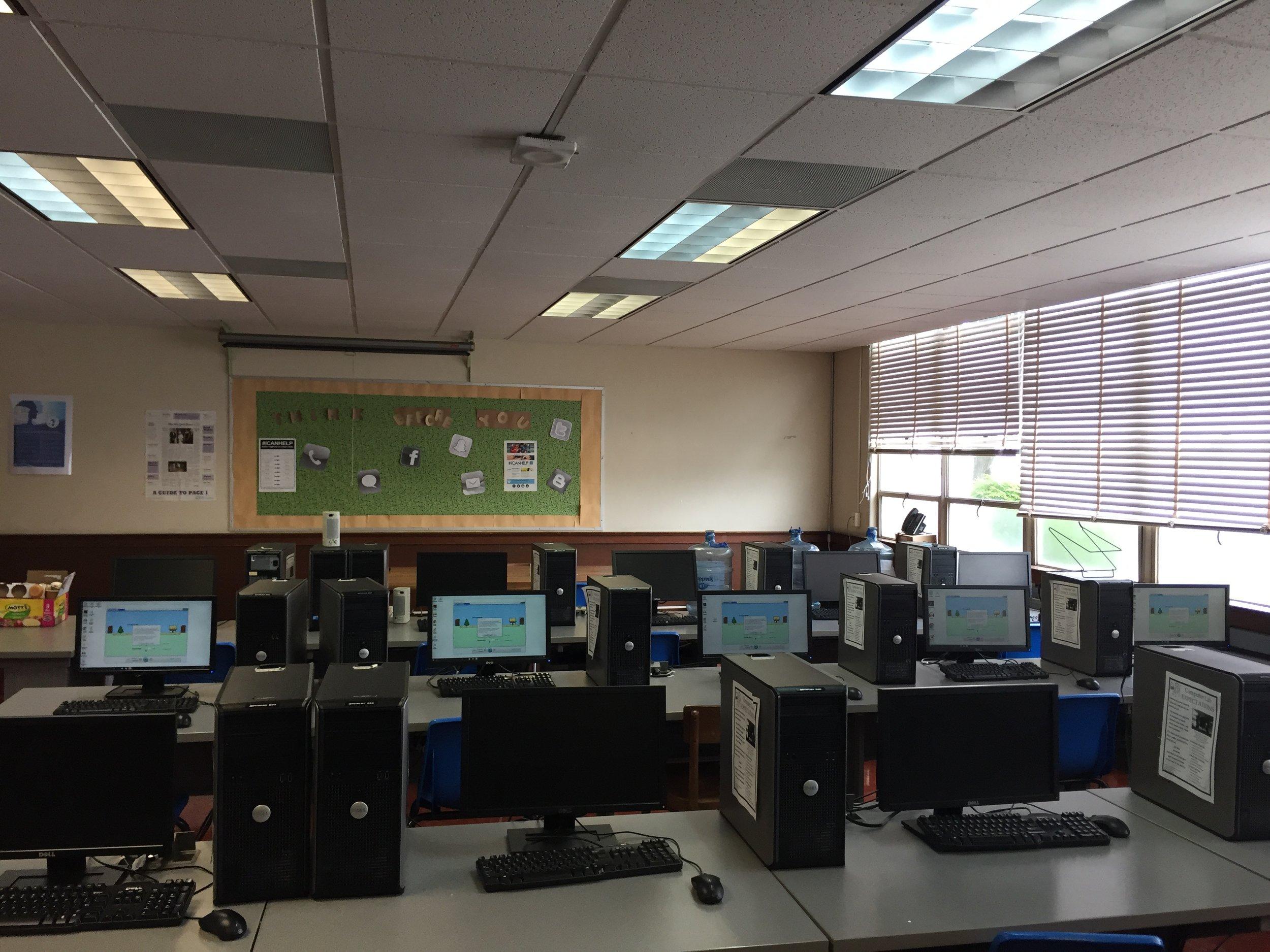 Lab classroom setup 2009