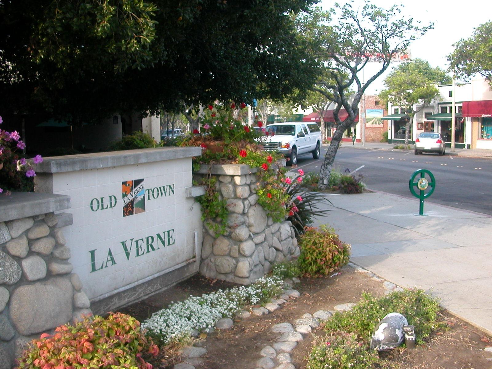 it-services-La-Verne.jpg