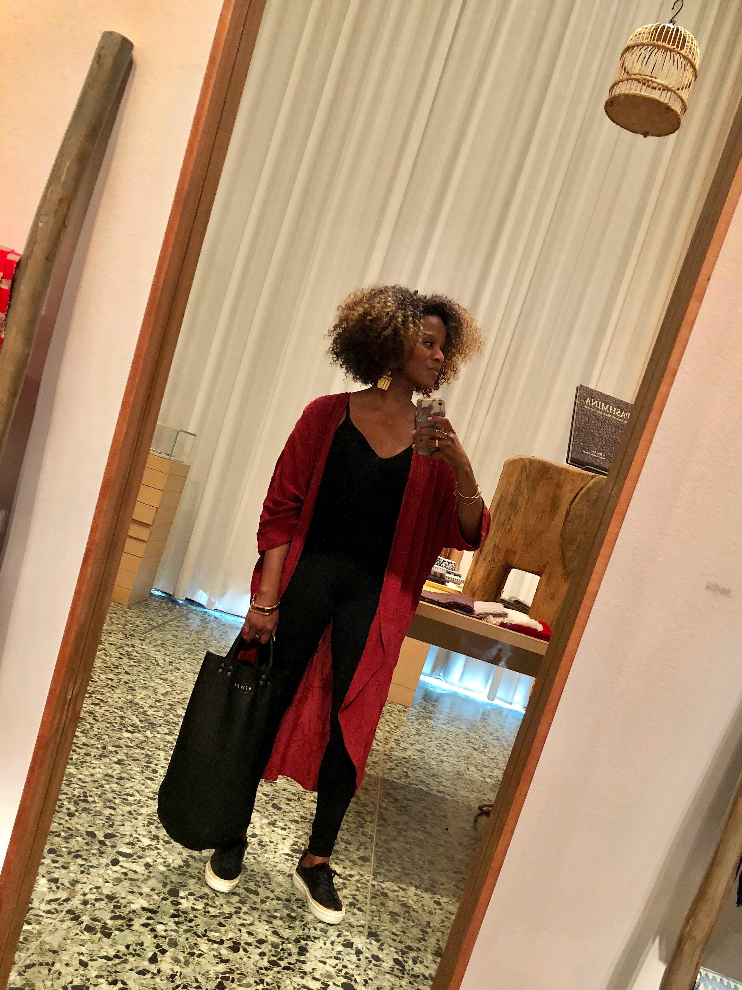 SIWEL handbags lifestyle 1.jpg