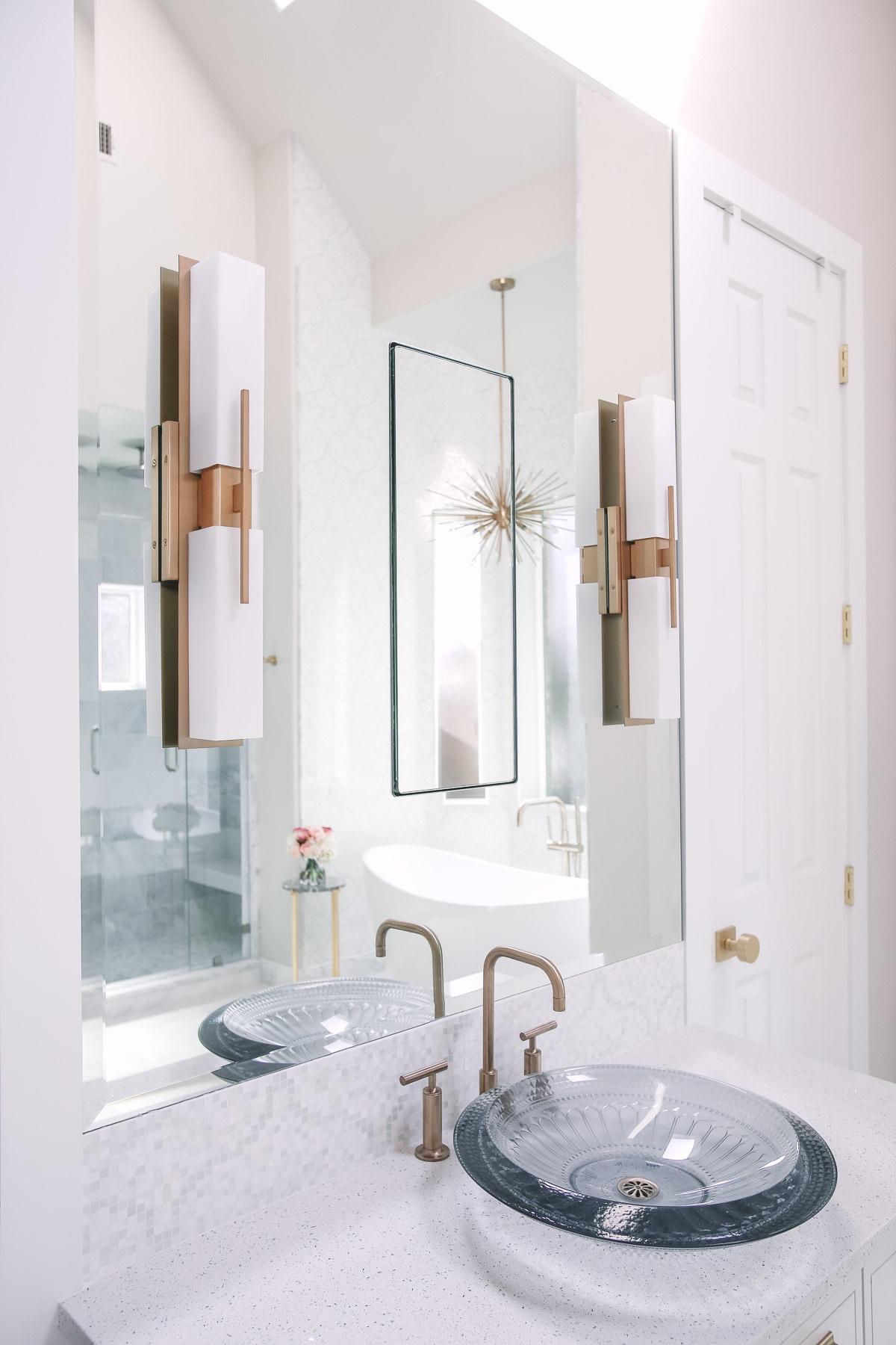 Mirror & Vanity .jpg