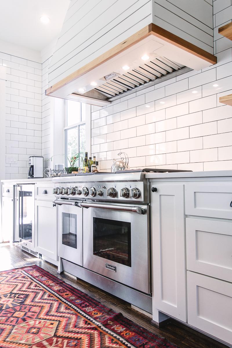 modern-farmhouse-kitchen-north-texas.jpg