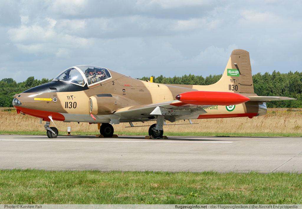 167strikemastermk80a_g-vper_1130_luchtmachtdagen2009_03.jpg