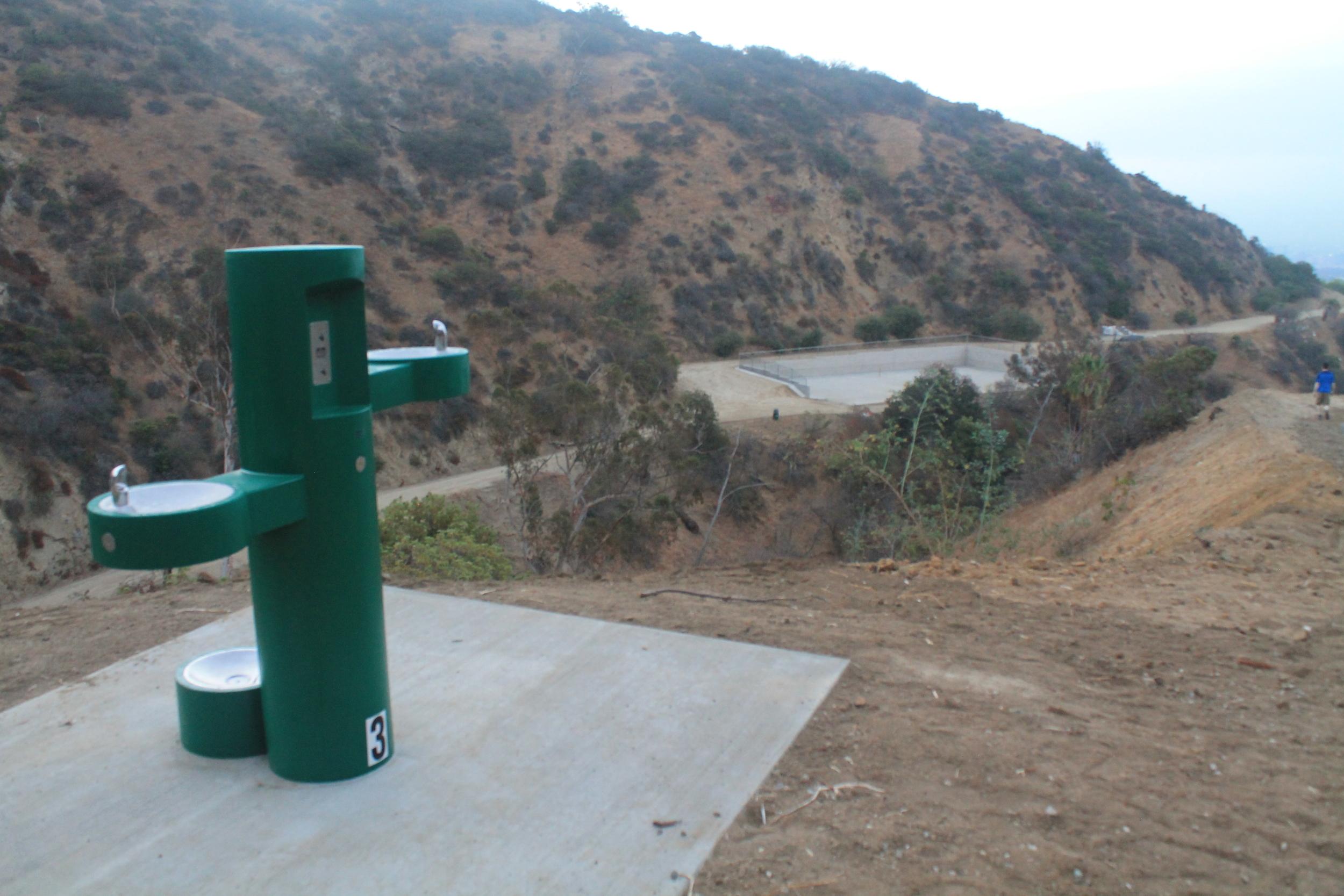 down water fouuntain.JPG