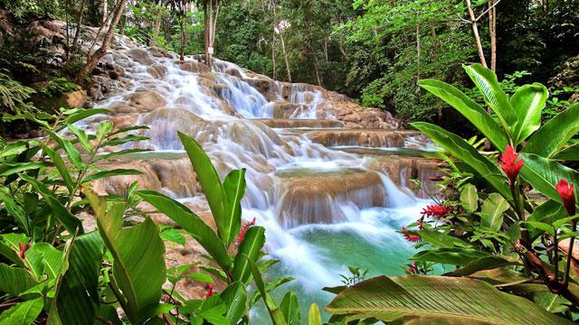Waterfalls_640x360.jpg