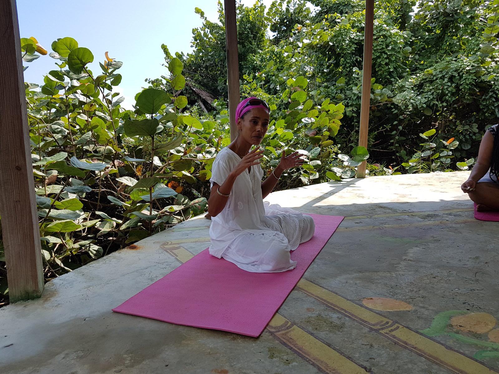 GH Yoga 2.jpg