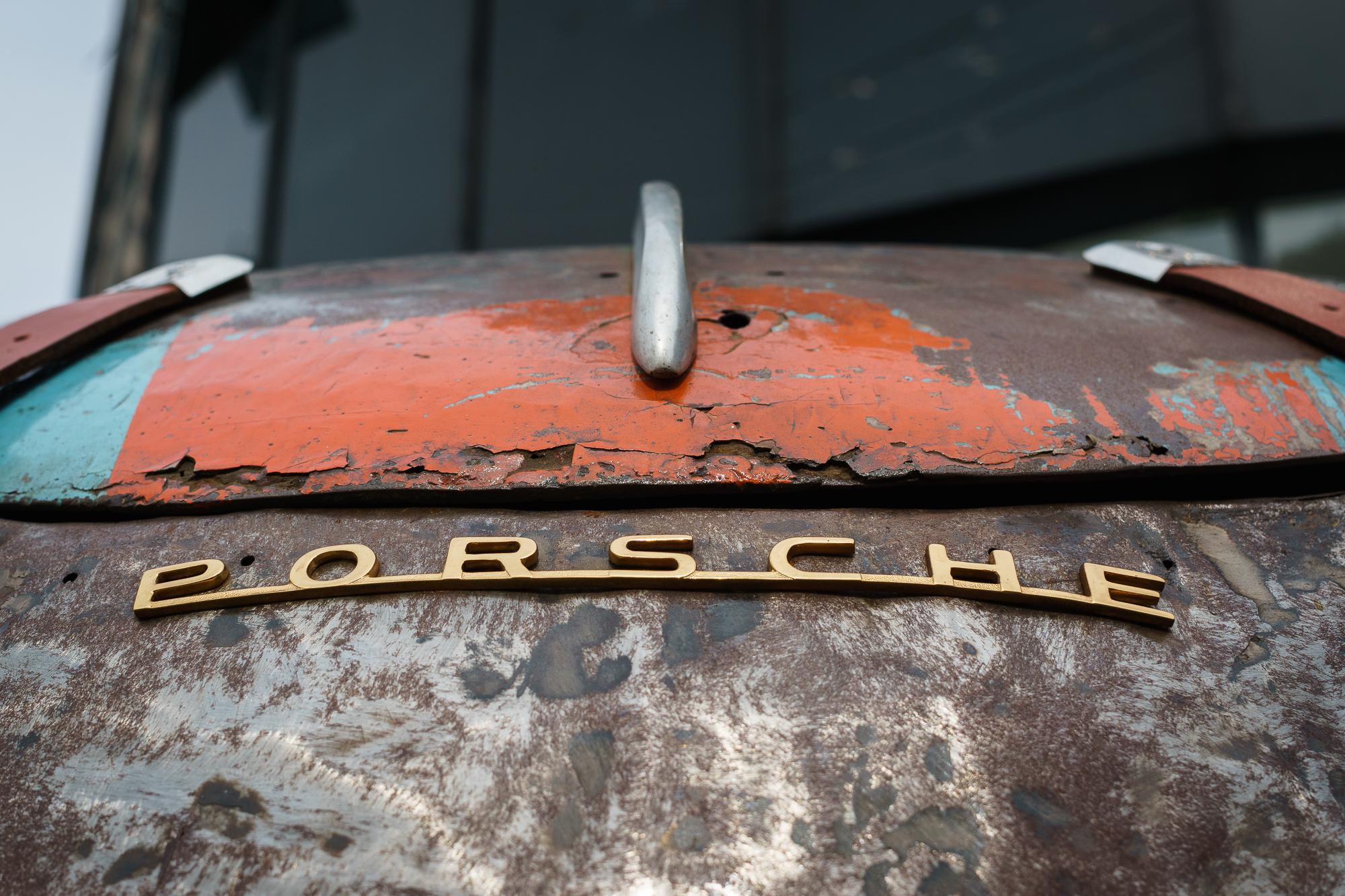 Porsche logo 356