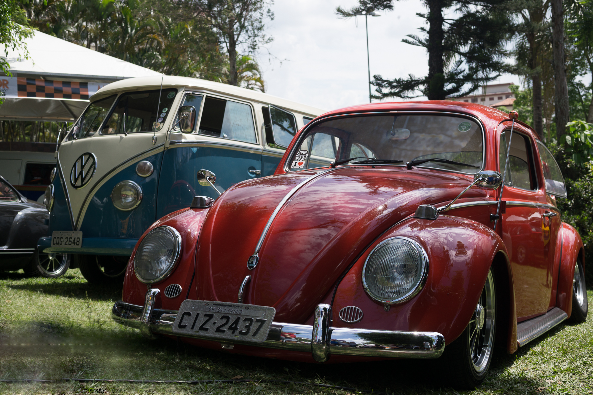 Red Fusca and Kombi Bus BGT