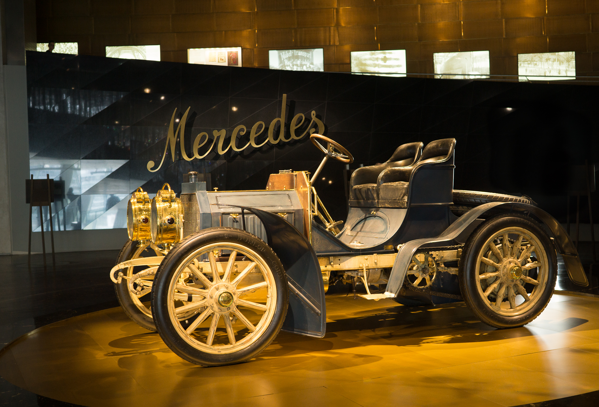 Mercedes Museum Mercedes Antique
