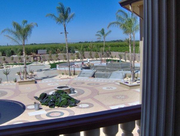 Backyard and pool.jpg