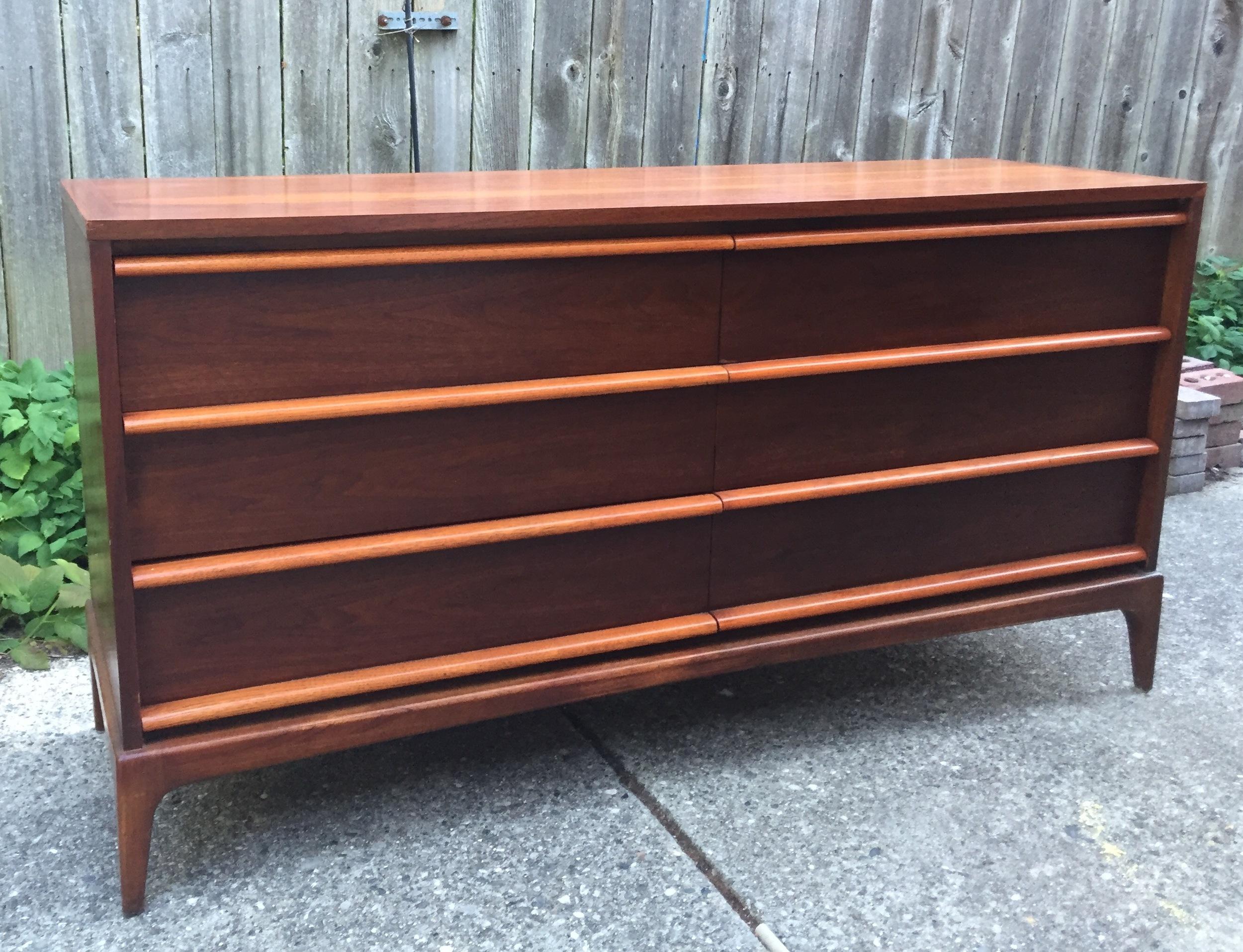 the finished long dresser!