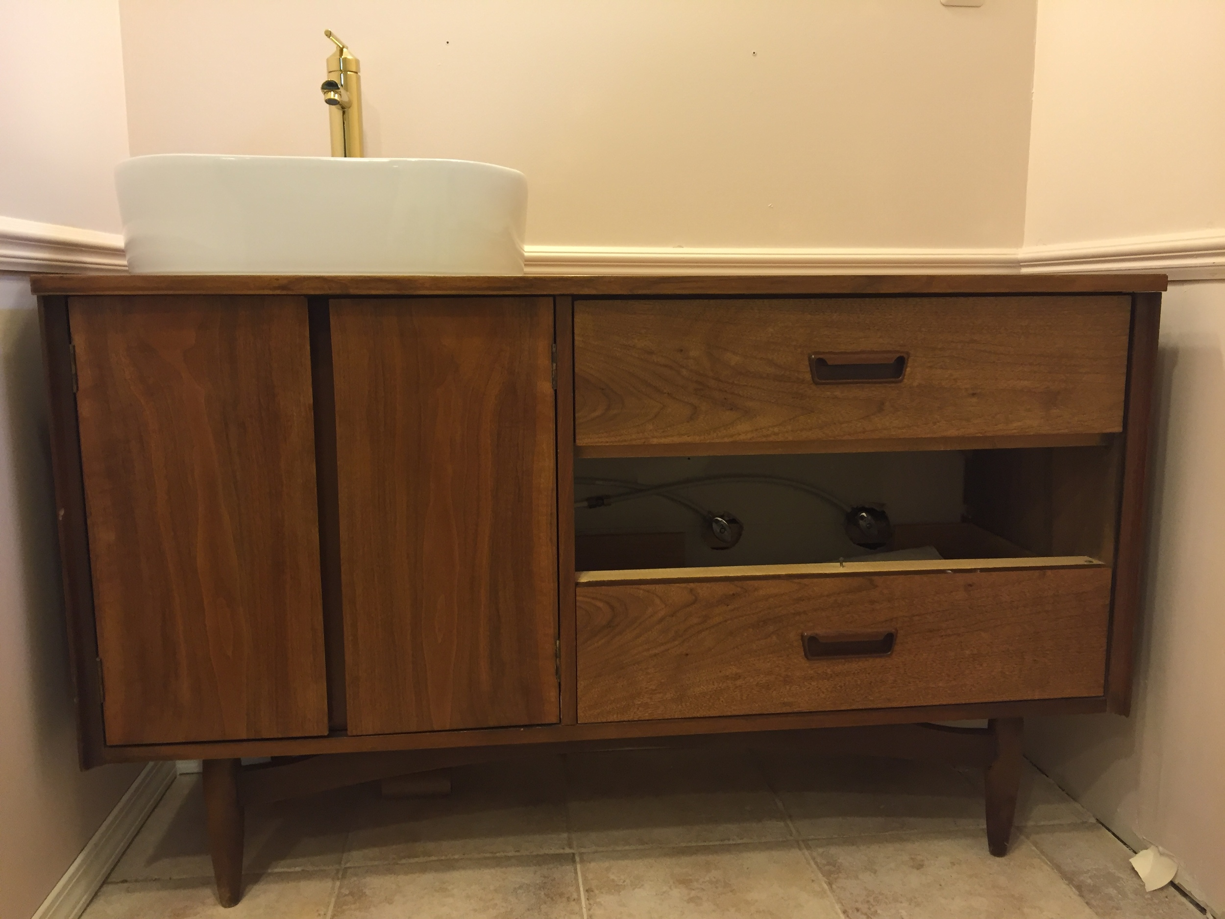 The vanity without the faux drawer.