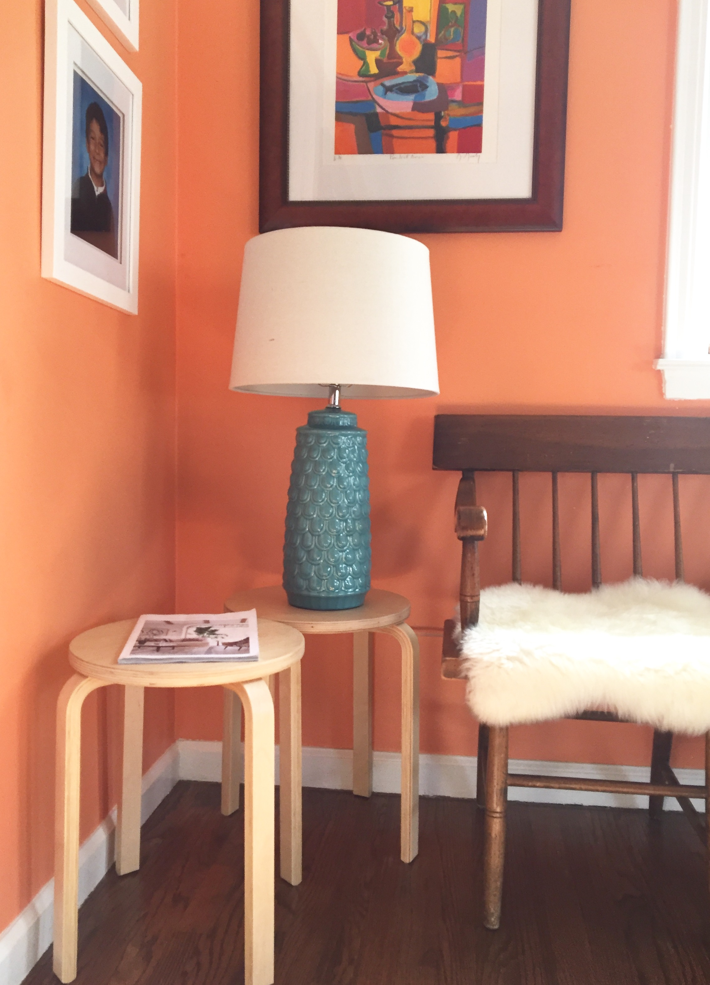 And here's a close-up of the lamp and mail tables, in a world where my only mail is an Anthropologie catalog (and I just lounge around flipping thru it and eating bon-bons -  VERY  realistic).