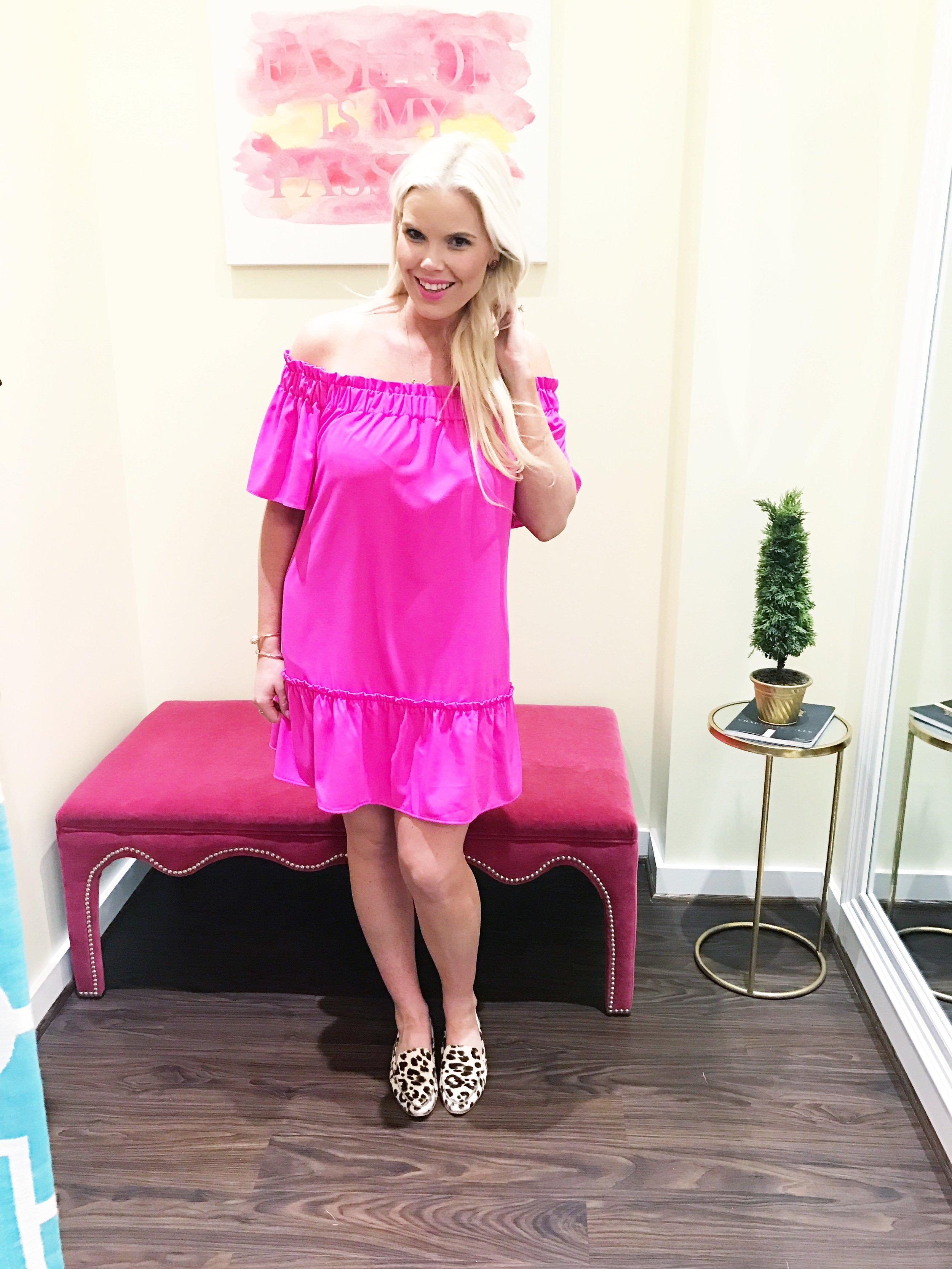 Personally, I am very excited for this trend as I always love to find dresses and tops that are off the shoulder. This dress I have on is an exclusive at Monkee's of Charlottesville and was actually designed by a UVA graduate! PS: Jessica Noll wore this dress on air! Didn't she look AMAZING?!