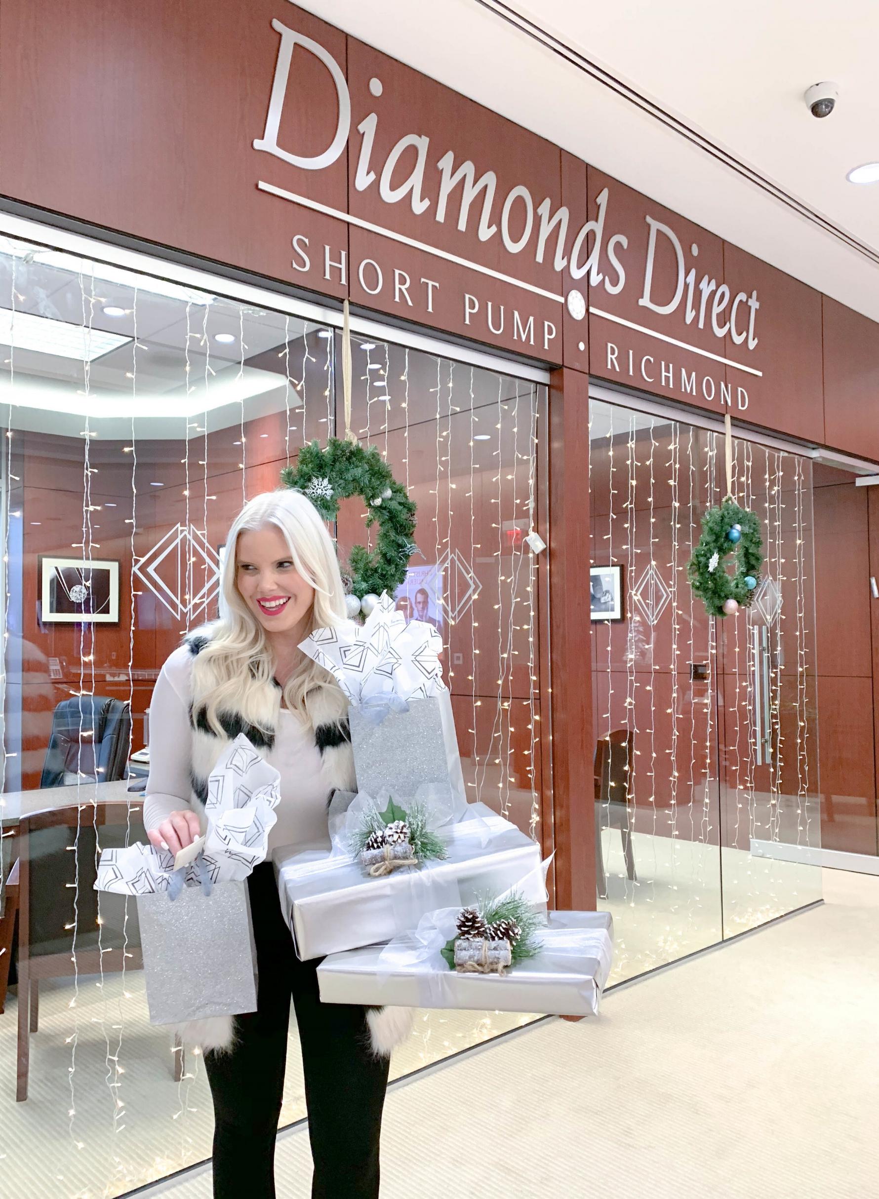 Caroline-Doll-holiday-shopping.jpg