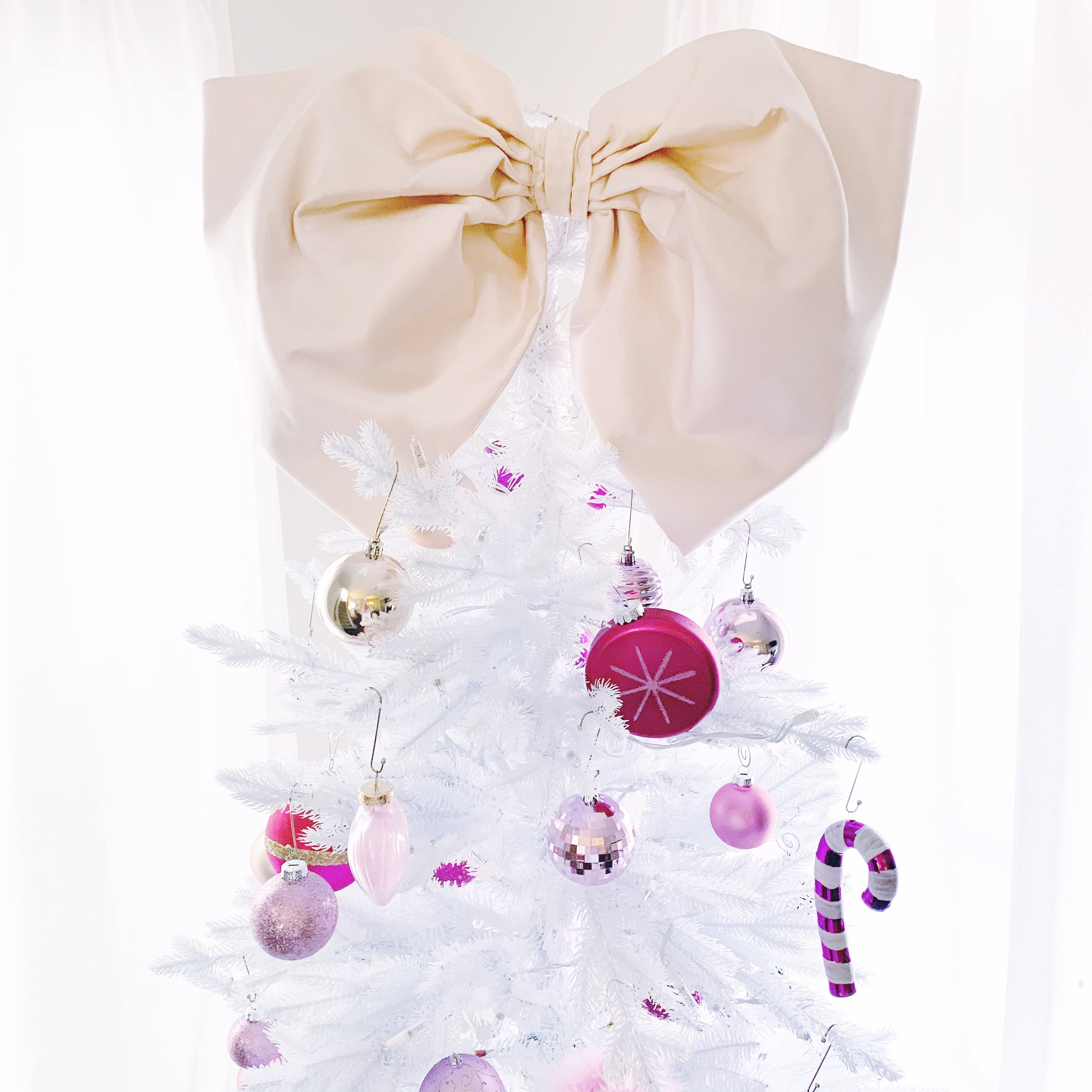 Caroline-Doll-Christmas-Tree-home-decor.JPG