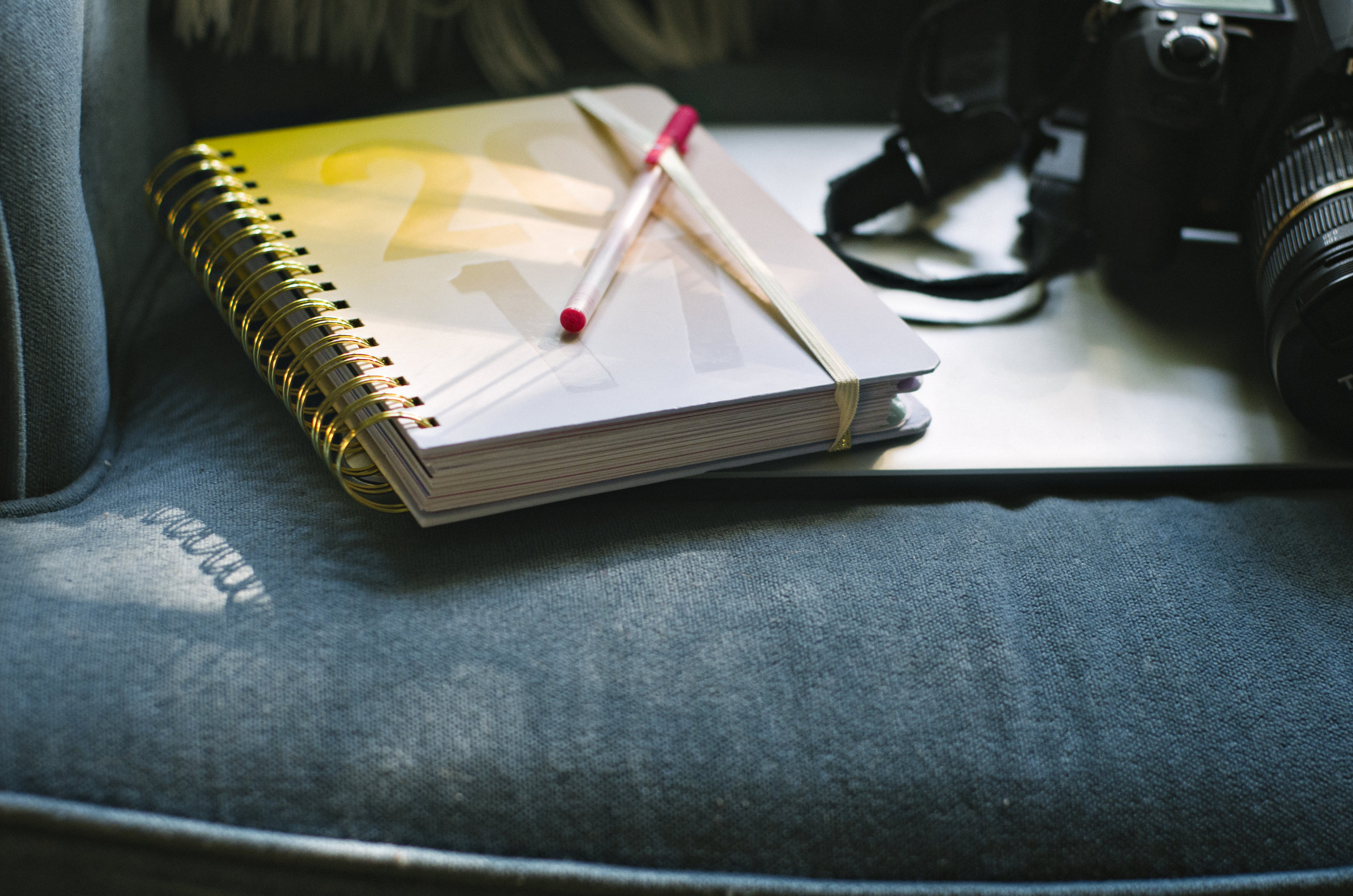 Jackie_Daily_Photography_Workspace_002.jpg