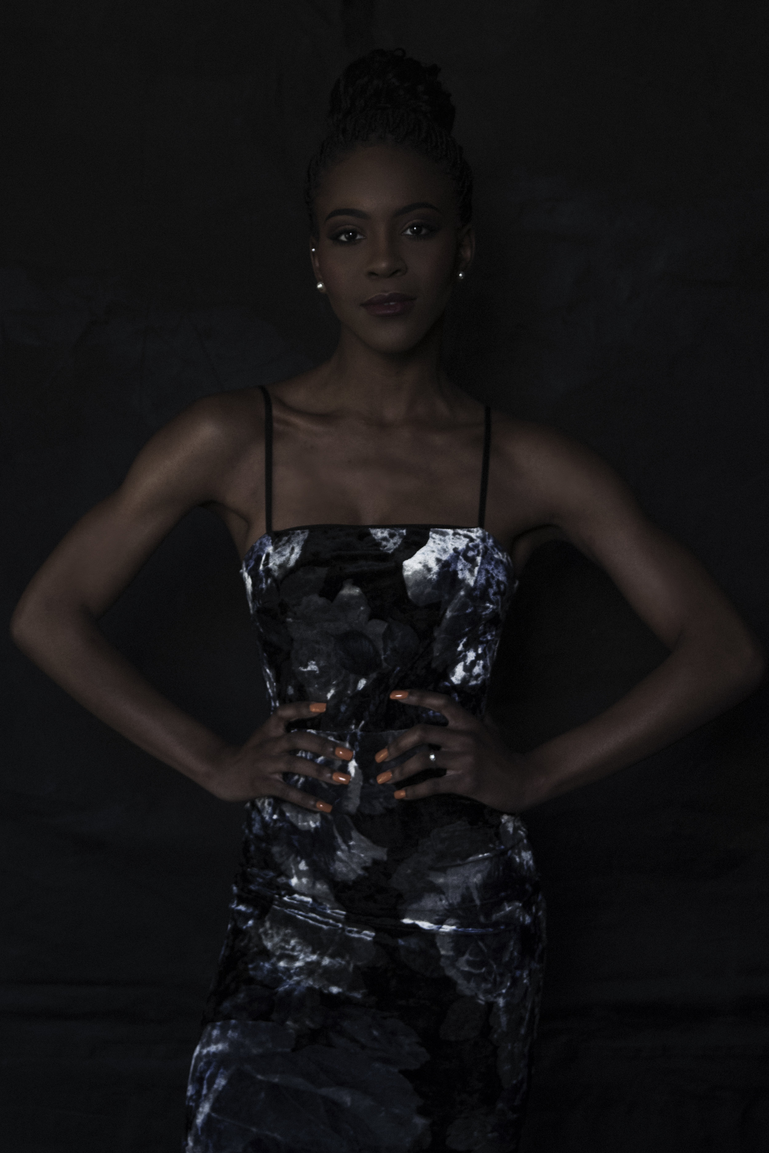 Dark Portrait of a stunning woman